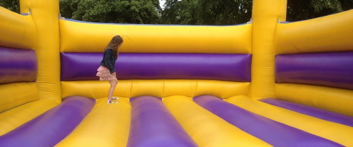 Få god og sjov motion med en trampolin